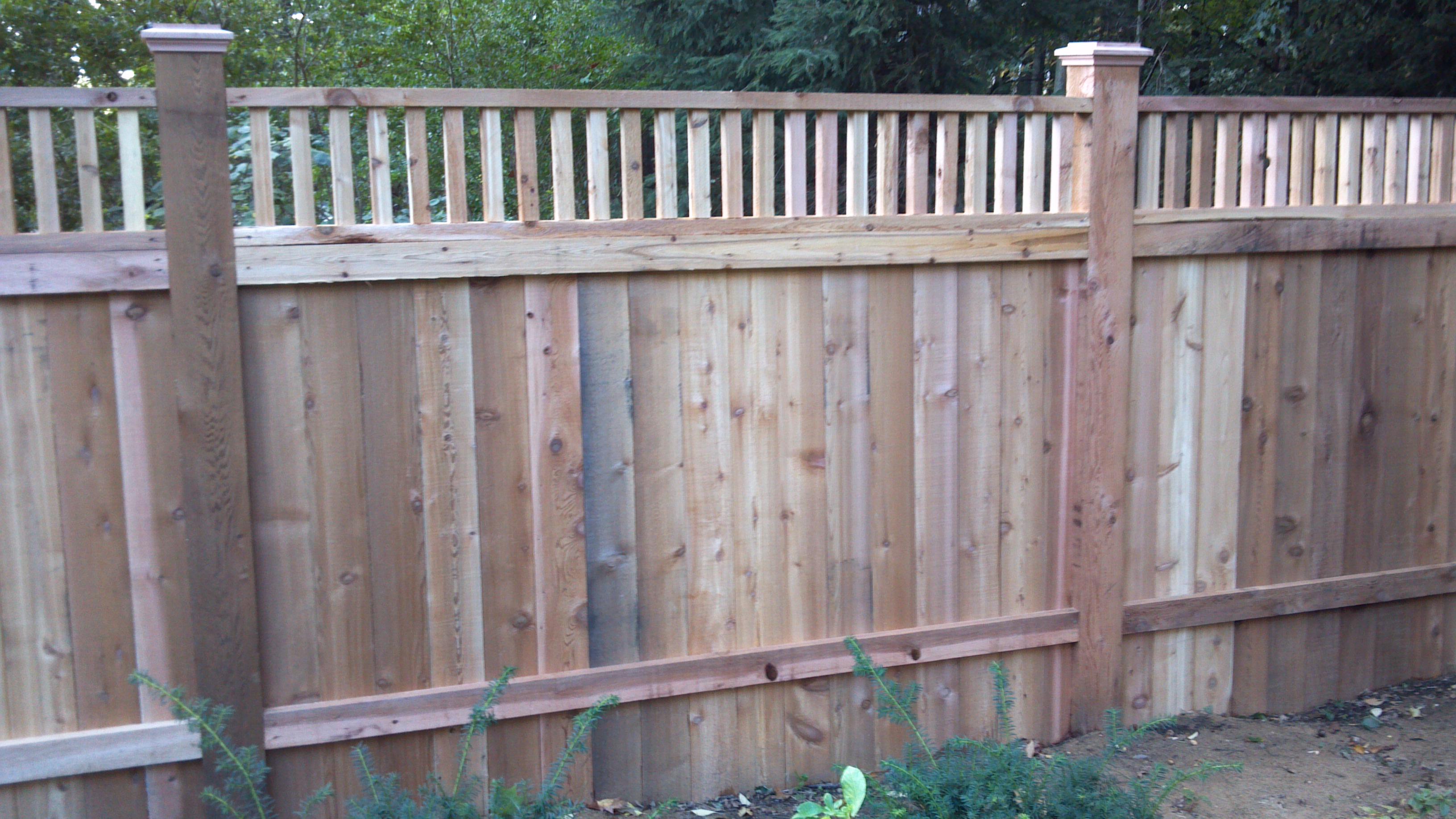 Custom wood fences grand rapids mi west michigan for Good neighbor fence
