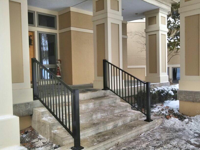 Exterior handrails straight line fence