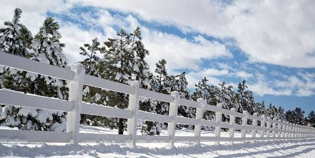 prepare your fence for snow and ice