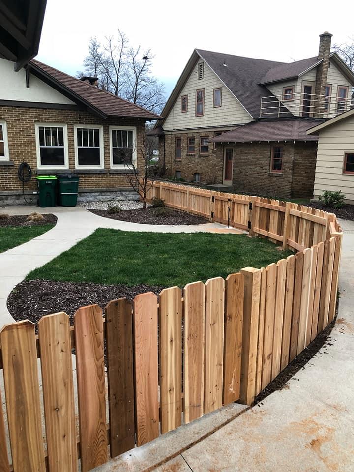 Hoa Friendly Fence Tips Straight Line Fence